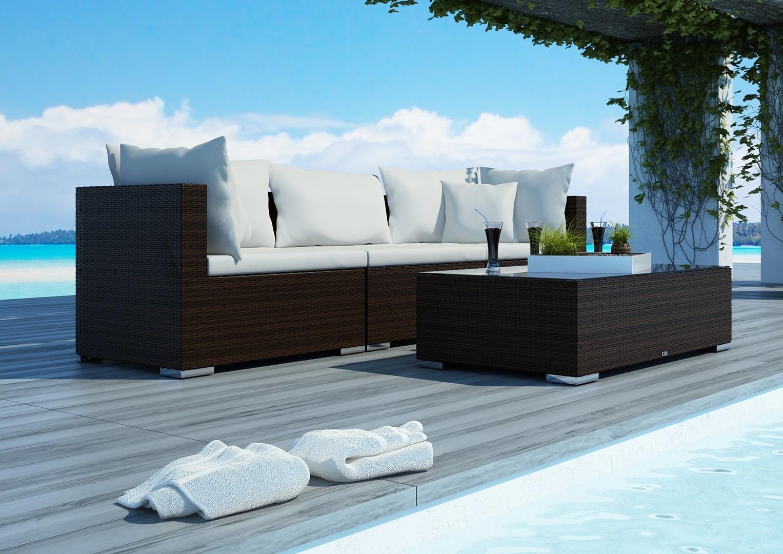 Na zdjęciu luksusowe meble ogrodowe